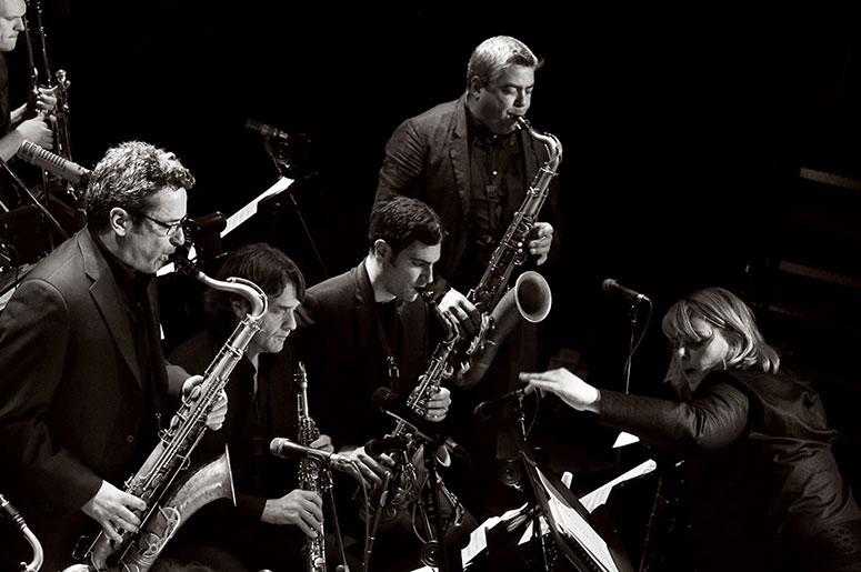Christine Jensen dirige de grands classiques du Jazz