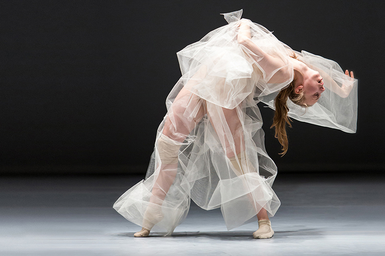 Compagnie Marie Chouinard - Soft virtuosity, still humid, on the edge + Le Cri du monde