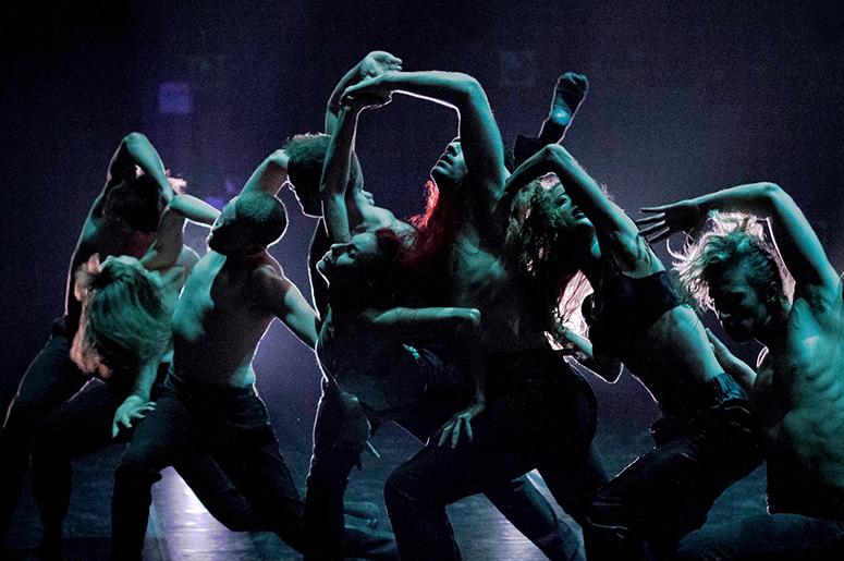 BJM - Les Ballets Jazz de Montréal - Dance Me