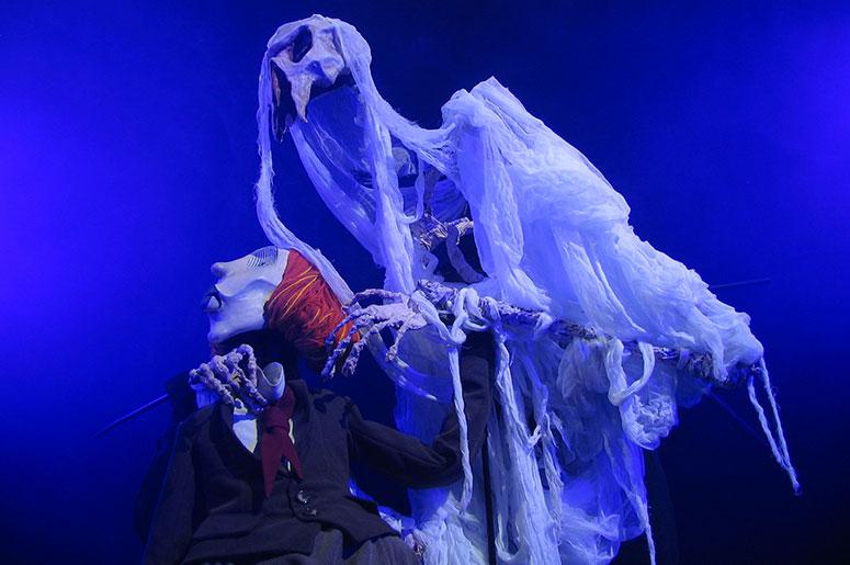 THÉÂTRE SANS FIL, 47 ans de marionnettes géantes