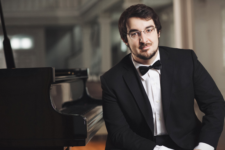 Charles Richard-Hamelin in recital