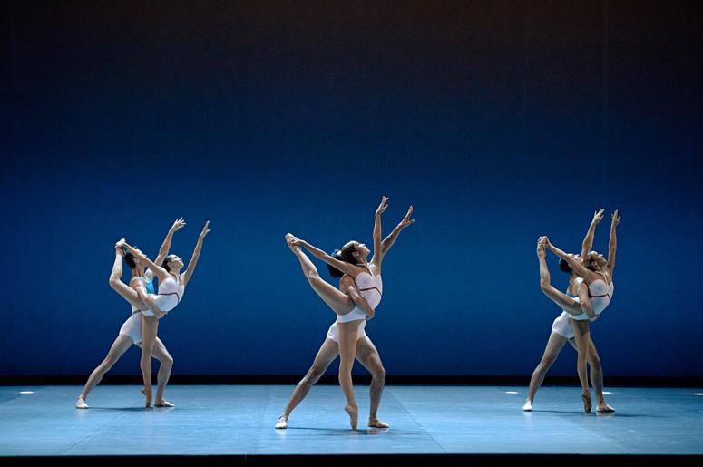 Une première pour Les Grands Ballets